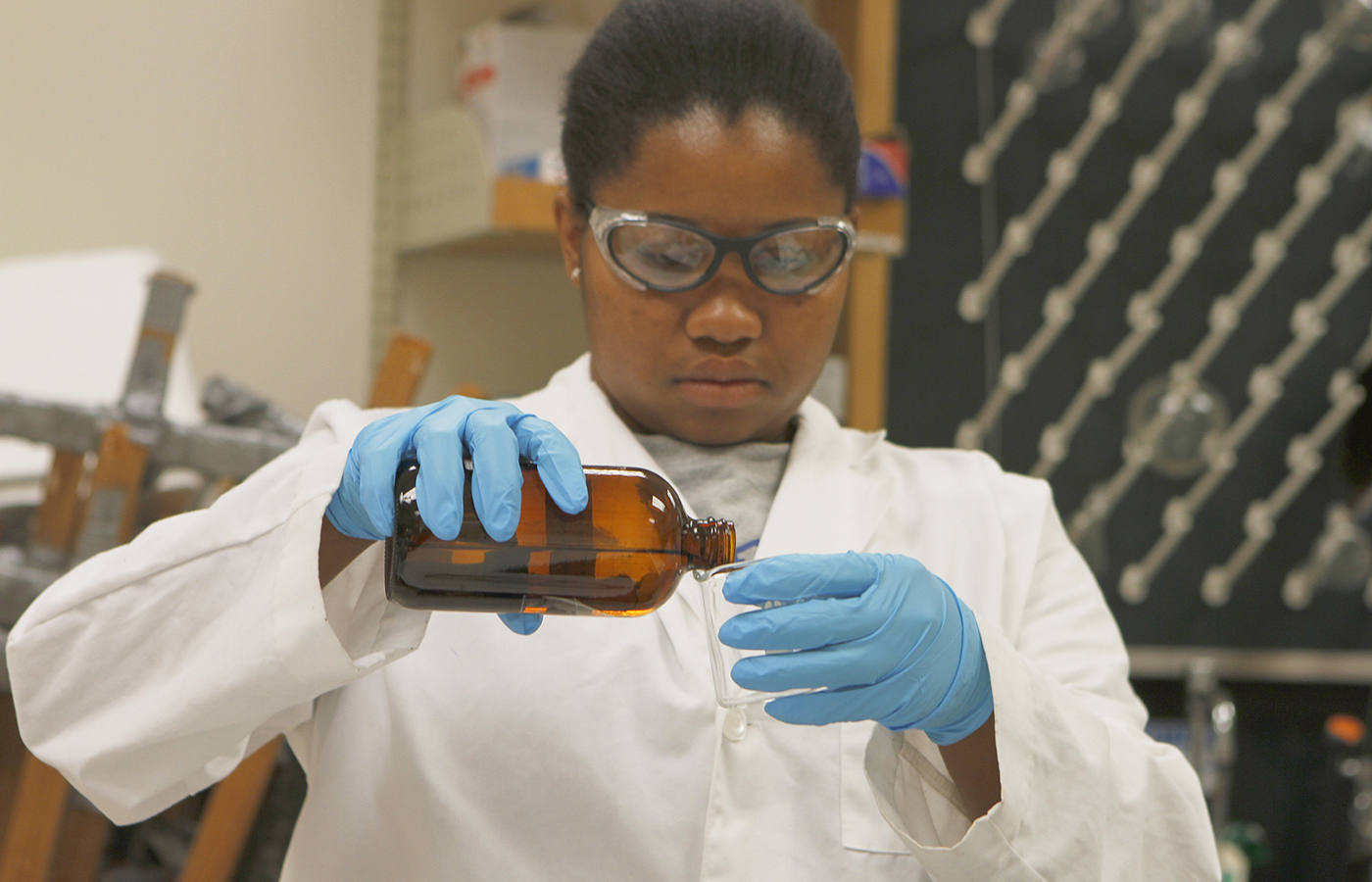 <p> Prepare For a Science Career</p>