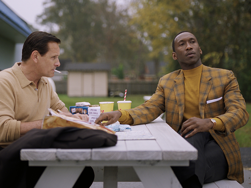 SMC Alum wins Best Supporting Actor in Green Book